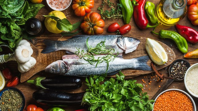 The confirmation of the beneficial effect of the Mediterranean diet against COVID-19 disease, by Universities in Europe and America